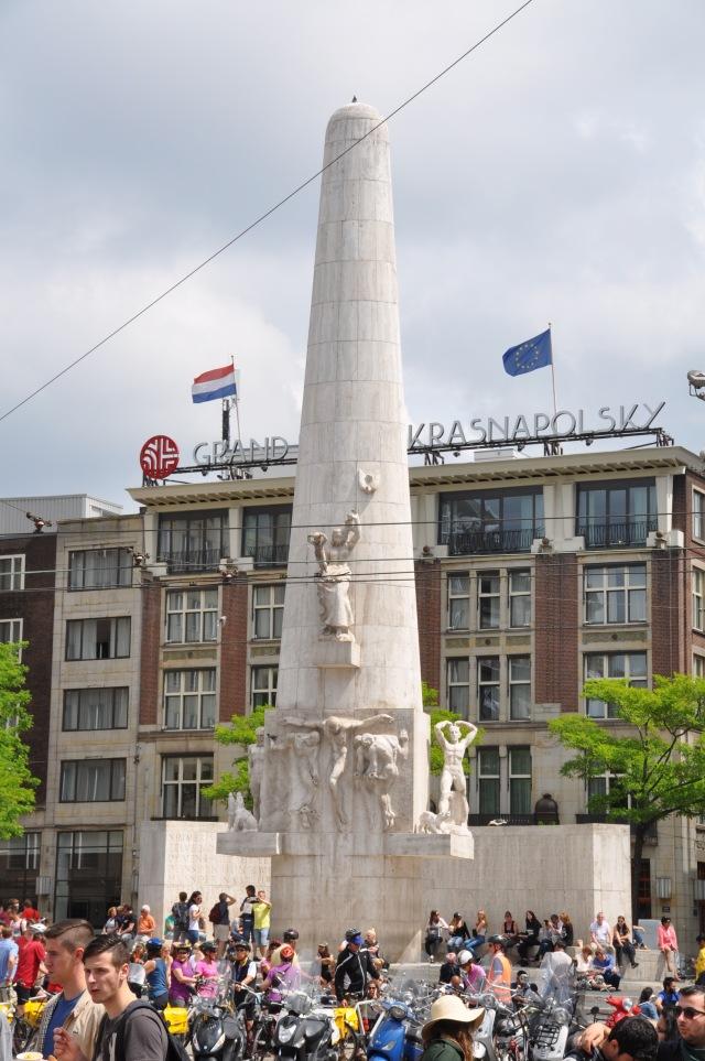 Amsterdam_07_Dam Square