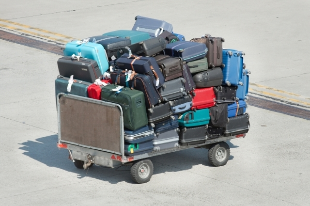 155-how-to-keep-your-luggage-from-being-damaged-while-flying